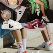 Tênis para mulheres adultas e elegantes