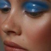 46 Lovely Blue Makeu
