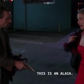 Os looks mais memoráveis de Azzedine Alaia no tapete vermelho