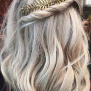 10 Penteados fáceis pra você fazer já (em 5 minutos!)