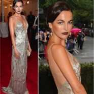Baile do Met: Camilla Belle