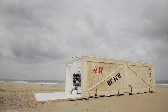 HM-Beach-Pop-up-Store