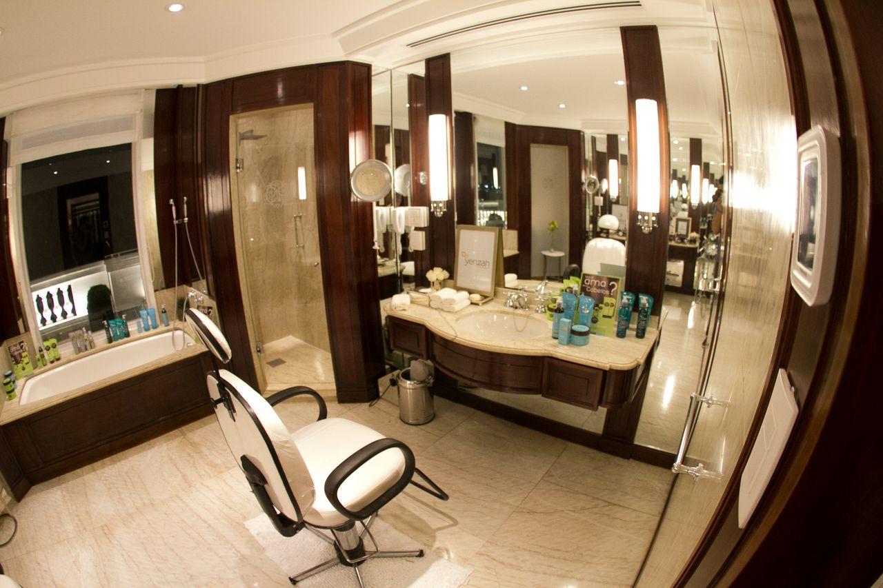 Bathroom on Pinterest Cuba Arquitetura and Madeira #2C180B 1280x853