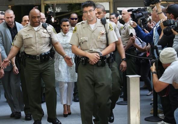 Kim+Kardashian+Kim+Kardashian+Courthouse+BnUULPRMW9sx