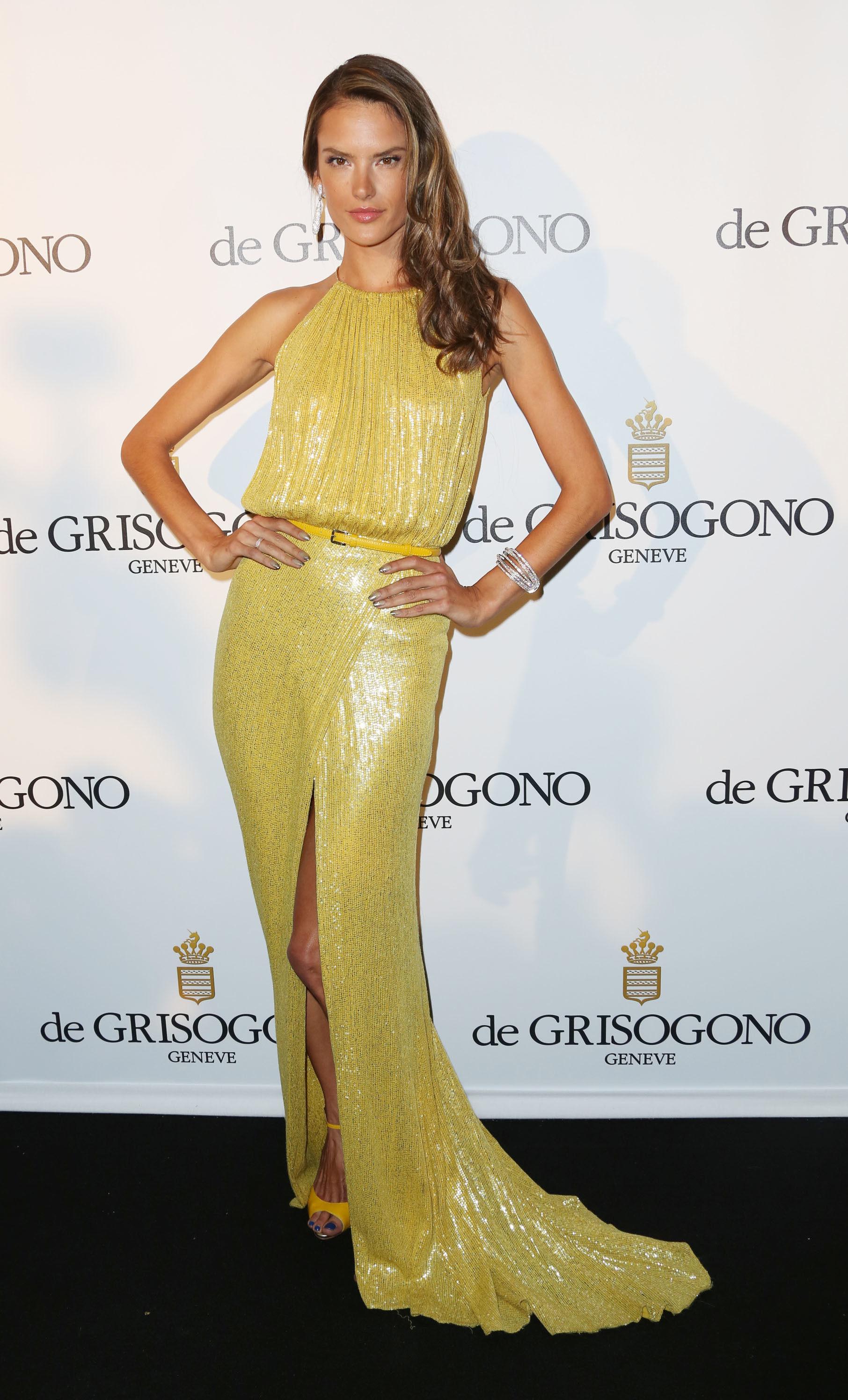 Apenas pare, Alessandra Ambrósio!