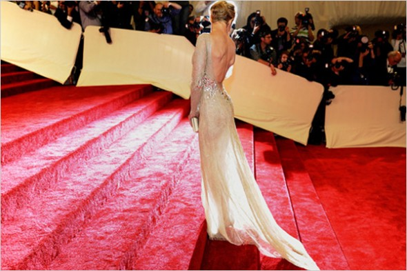 watch-the-met-gala-red-carpet-live-tonight