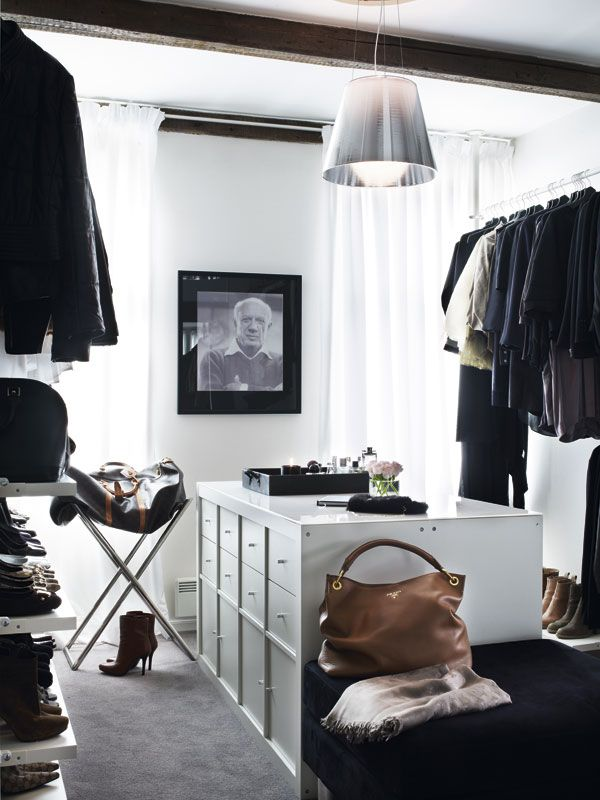 7 dicas de closet aberto fashionismo. Black Bedroom Furniture Sets. Home Design Ideas