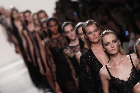 Elie Saab : Runway - Paris Fashion Week Womenswear  Spring/Summer 2014