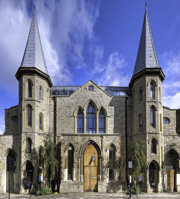 Um Loft numa Igreja em Londres
