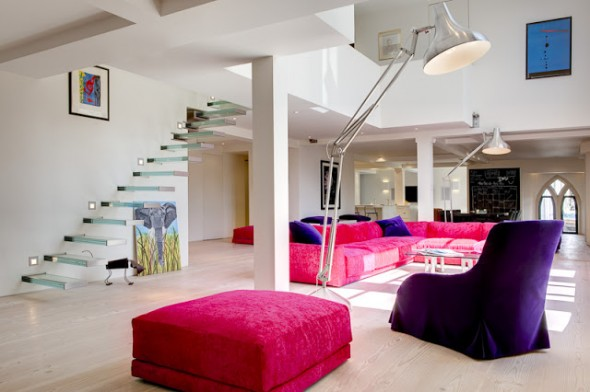 How_To_Get_Incredible_Modern_Home_In_The_Abandoned_Church_in_London_World_of_architecture_06