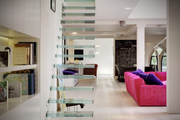 How_To_Get_Incredible_Modern_Home_In_The_Abandoned_Church_in_London_World_of_architecture_07