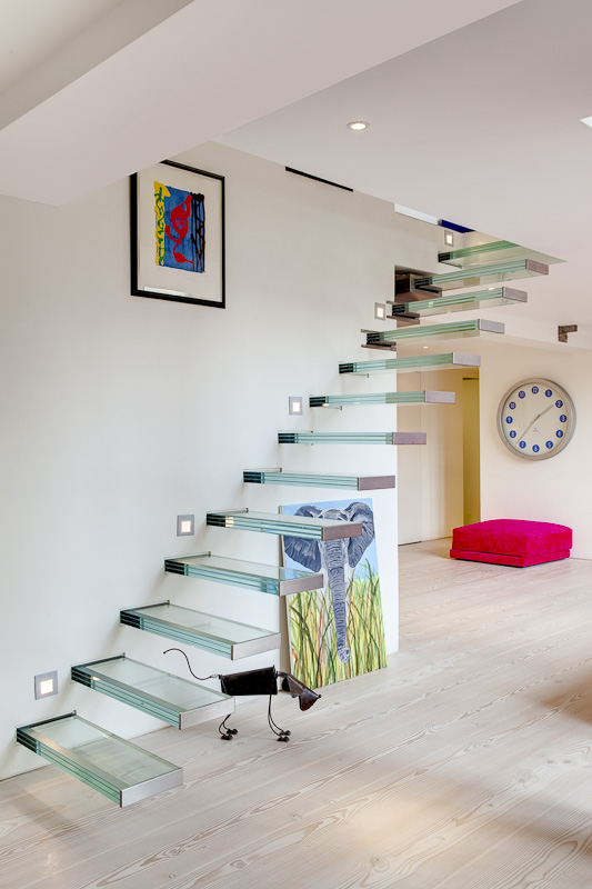 How_To_Get_Incredible_Modern_Home_In_The_Abandoned_Church_in_London_World_of_architecture_09