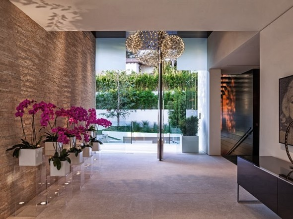 Perfect_Modern_Mansion_in_Beverly_Hills_on_world_of_architecture_16