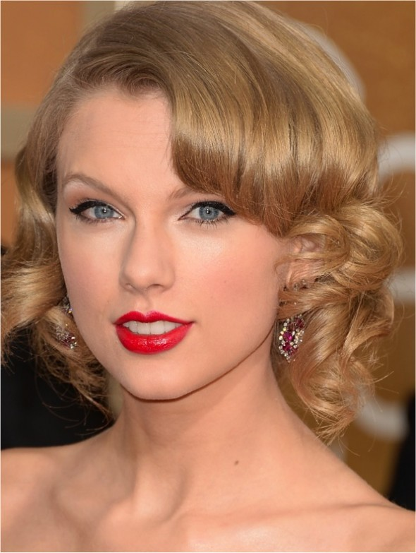 TAYLOR SWIFT GOLDEN GLOBE 2014
