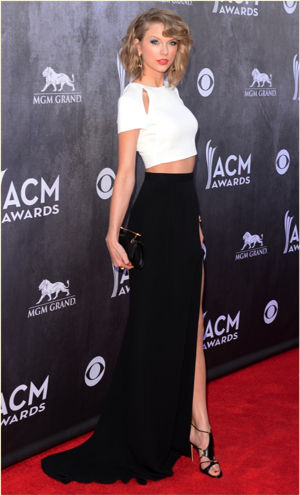 TAYLOR SWIFT ACM 2