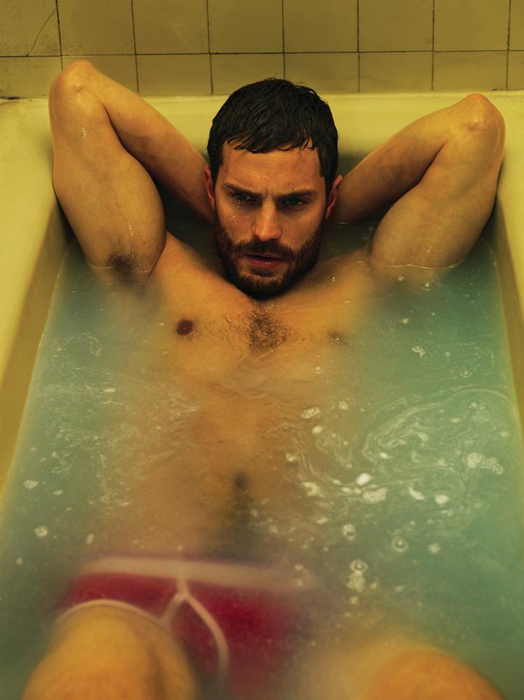 Jamie-Dornan-Interview-Magazine-Photos-007