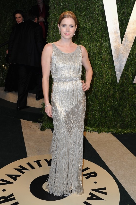 Amy-Adams---Oscar-2013---Vanity-Fair-Party--01-560x841