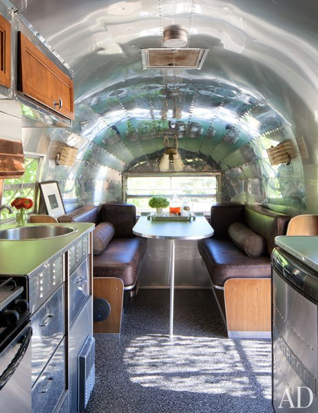 item14.rendition.slideshowVertical.patrick-dempsey-malibu-home-10-airstream-trailer-interior