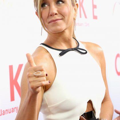 Look da Celeb: Jennifer Aniston gracinha de Giambattista Valli