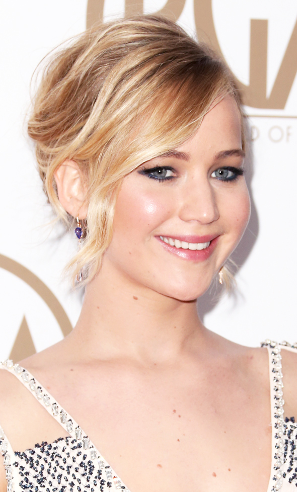 Jennifer Lawrence Red Carpet beauty | Fashionismo