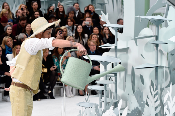 CHANEL COUTURE SHOW