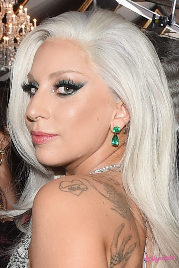 GRAMMY-2015-LADY-GAGA