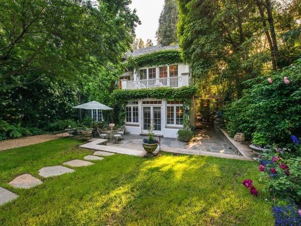 A CASA DA JENNIFER LAWRENCE EM LOS ANGELES