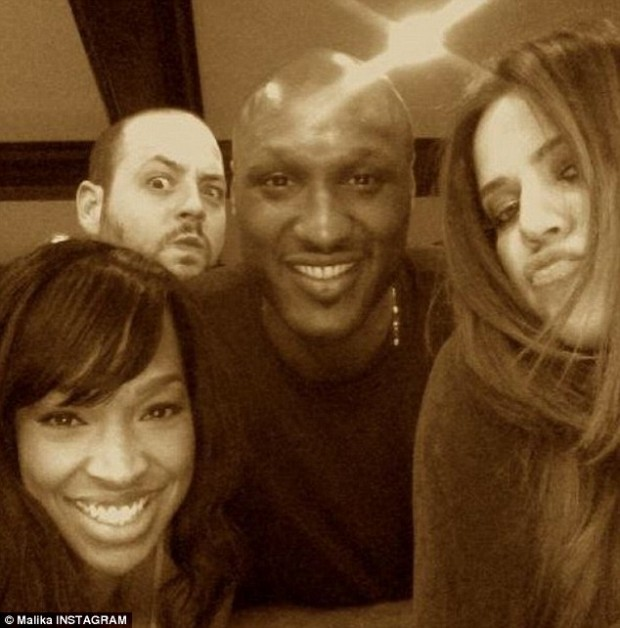 29A0468000000578-3124030-RIP_Malika_Haqq_shared_a_snap_of_herself_with_Khloe_Lamar_and_Ja-a-1_1434376569121