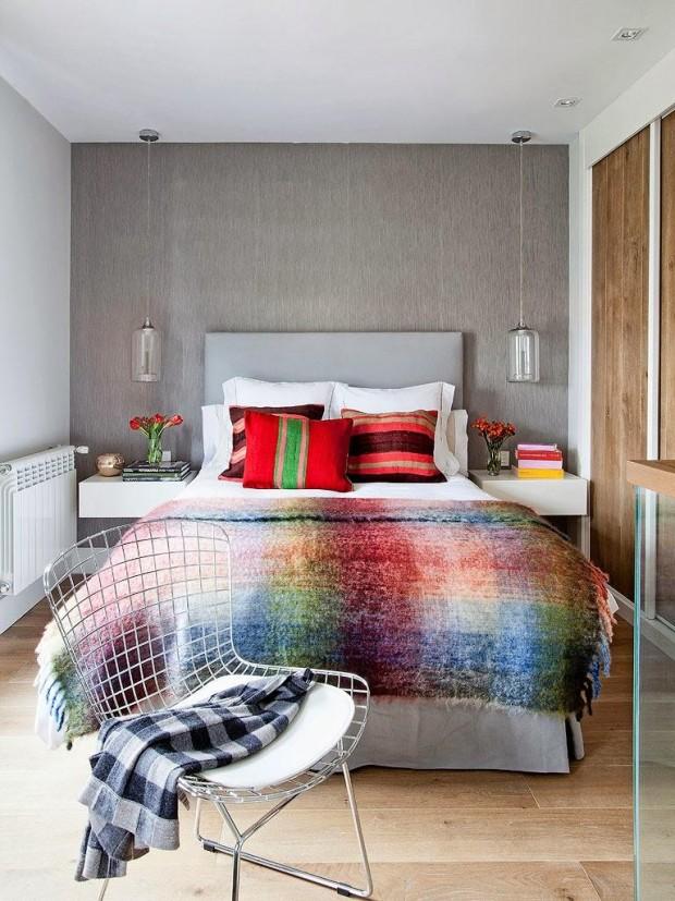 feminine-cozy-small-loft-13