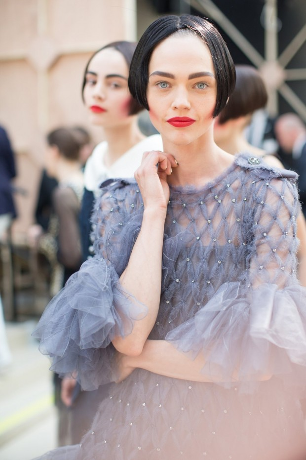 chanel-couture-fall-2015-backstage-08