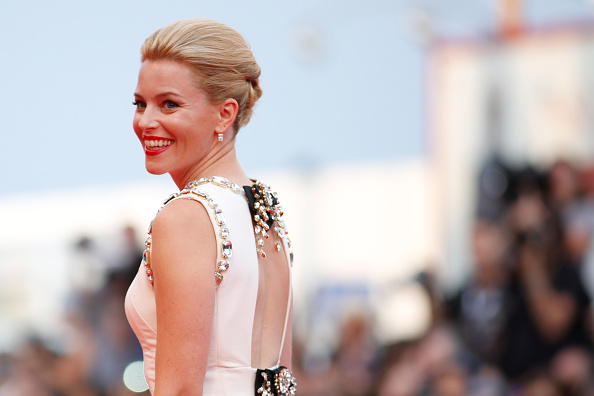 VENICE, ITALY – SEPTEMBER 02:  Elizabeth Banks  attends the opening ceremony and premiere of 'Everest' during the 72nd Venice Film Festival on September 2, 2015 in Venice, Italy.  (Photo by Tristan Fewings/Getty Images)