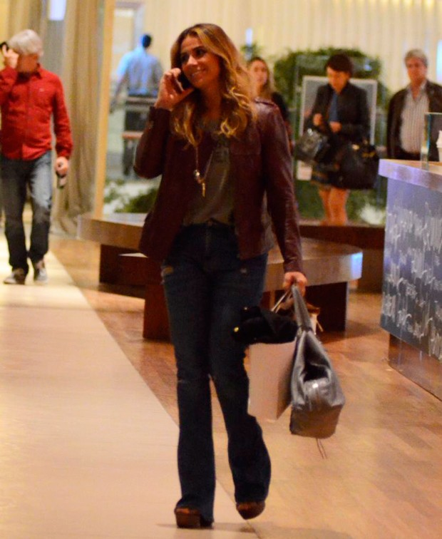 giovanna-antonelli-estilo-village-mall