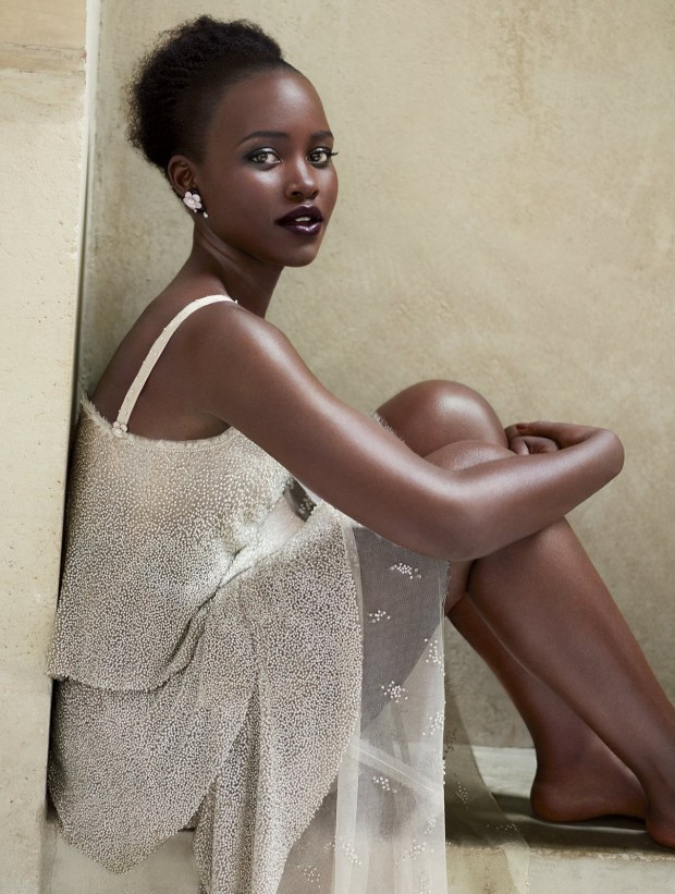 lupita-nyongo-vogue-cover-october-2015-05