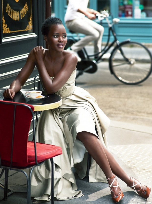 lupita-nyongo-vogue-cover-october-2015-08