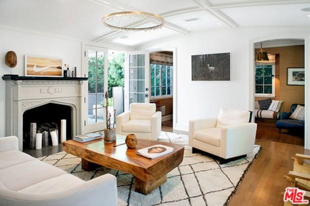 Joe-Jonas-House-Living-Room-3