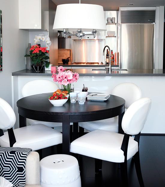 colourful-condo-kitchen