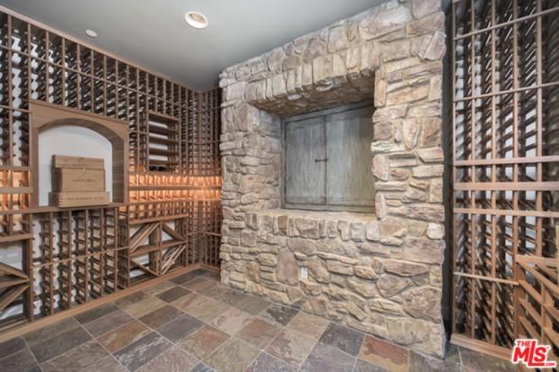 Selena-Gomez-House-11-16-Wine-Cellar