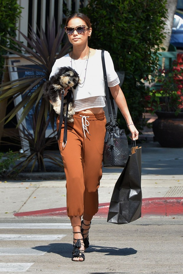 jamie-chung-style-out-in-west-hollywood-march-2015_3