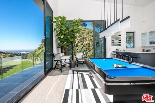 John-Legend-And-Chrissy-Teigen-Beverly-Hills-Real-Estate-Game-Room