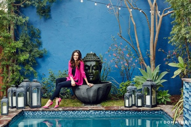 home-tour-nina-dobrevs-bright-california-cool-bungalow-1602126-1450415170.640x0c