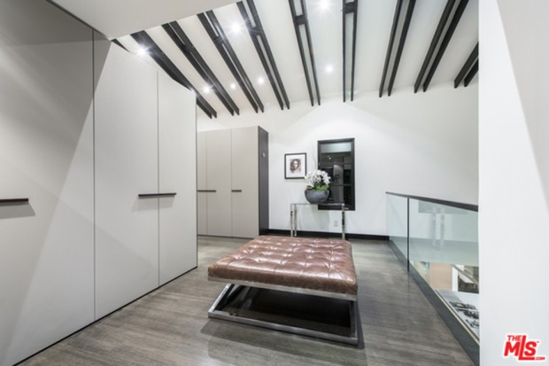 Calvin-Harris-Home-For-Sale-In-Los-Angeles-landingh