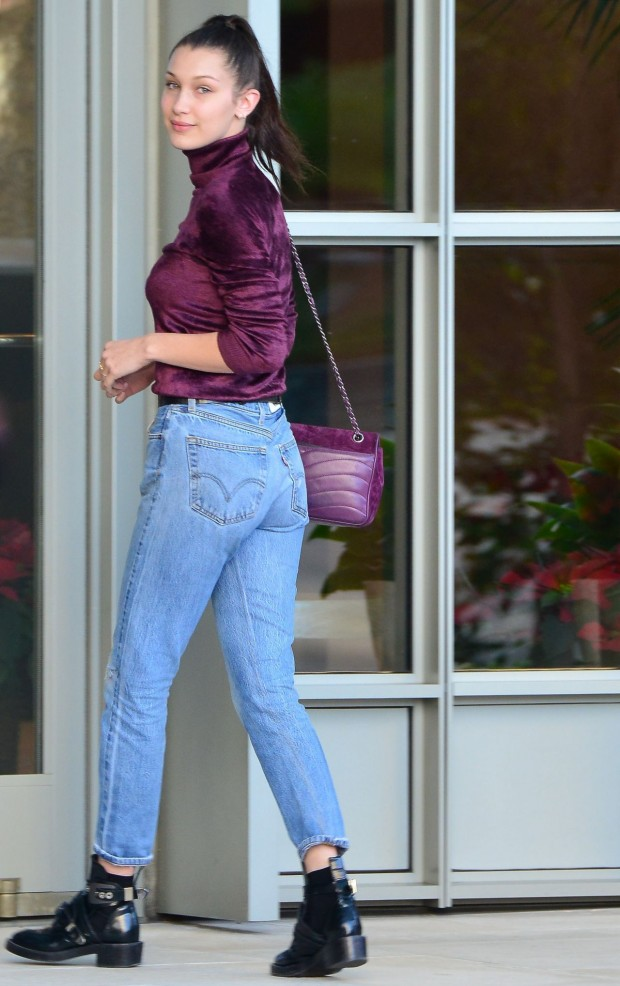 bella-hadid-booty-in-jeans-beverly-hills-12-23-2015-_3