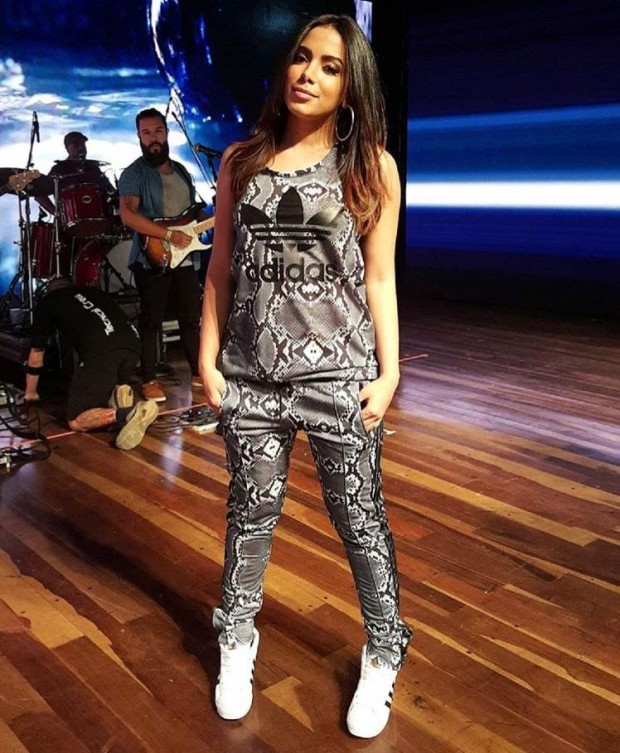 Anitta Looks