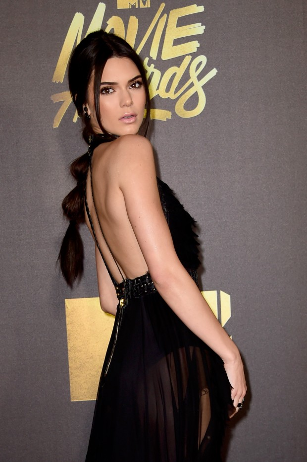 BURBANK, CALIFORNIA – APRIL 09:  Model Kendall Jenner attends the 2016 MTV Movie Awards at Warner Bros. Studios on April 9, 2016 in Burbank, California.  MTV Movie Awards airs April 10, 2016 at 8pm ET/PT.  (Photo by Frazer Harrison/Getty Images)