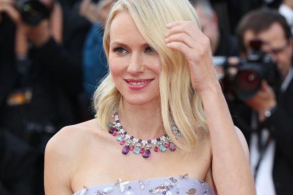 British actress Naomi Watts smiles as she arrives on May 11, 2016 for the opening ceremony of the 69th Cannes Film Festival in Cannes, southern France.  / AFP / Valery HACHE        (Photo credit should read VALERY HACHE/AFP/Getty Images)