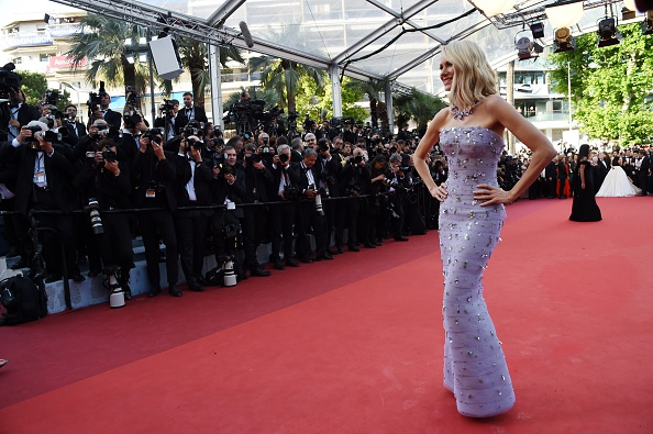British actress Naomi Watts poses as she arrives on May 11, 2016 for the opening ceremony of the 69th Cannes Film Festival in Cannes, southern France.  / AFP / ANNE-CHRISTINE POUJOULAT        (Photo credit should read ANNE-CHRISTINE POUJOULAT/AFP/Getty Images)