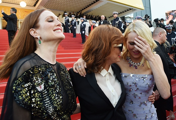 (From L) US actress Julianne Moore, US actress  Susan Sarandon and British actress Naomi Watts pose as they arrive on May 11, 2016 for the opening ceremony of the 69th Cannes Film Festival in Cannes, southern France.  / AFP / ANNE-CHRISTINE POUJOULAT        (Photo credit should read ANNE-CHRISTINE POUJOULAT/AFP/Getty Images)
