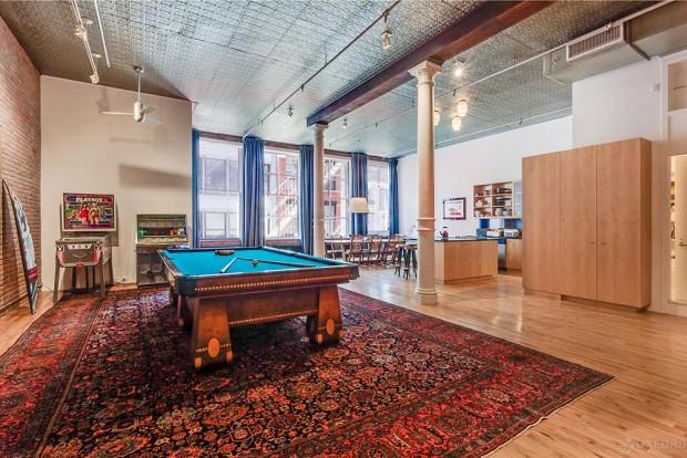 Adam-Levine-And-Behati-Prinsloo-House-in-NY-Pool-Room-2