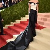 Baile do Met 2016: Emma Watson
