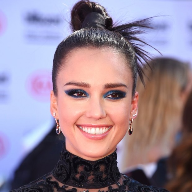 Jessica-Alba-Hair-Makeup-2016-Billboard-Music-Awards